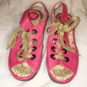 Hot Pink Lace Up Shoes Womens 9 Fly London